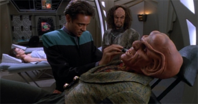 Quark's about to get it in the ear...