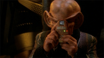 This is quite possibly the creepiest image of Quark I have ever seen...