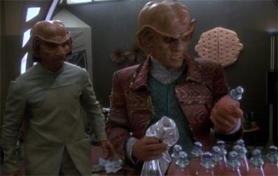 Stealing from Quark? Rom's got some bottle!