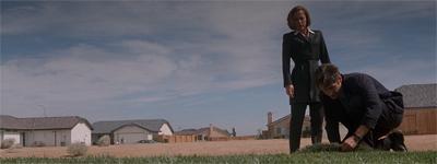 """""""You've seen Blue Velvet, right Scully?"""""""