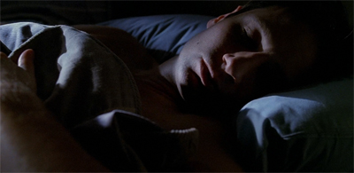See, Mulder! Beds aren't so bad!