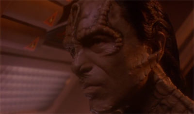 There is a clear Damar-cation between the two Cardassians...