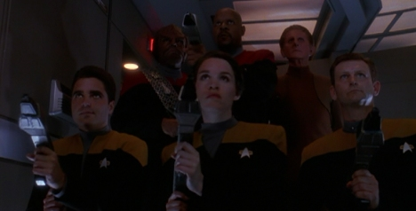 Boy, does Sisko ever break out the welcome wagon...
