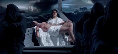 A Pieta the action...