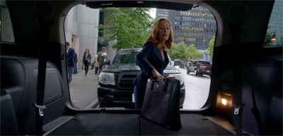 """Boy, this Ford sure is spacious,"" Scully thinks to herself."