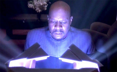 Sisko is going to get a glowing performance review this year.