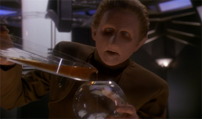 Don't tell Odo what decant do.